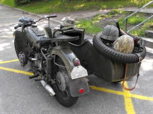Motocykl Z Koszem K750 Sztabowóz
